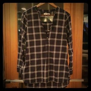 LIKE NEW! Long sleeve Plaid Tunic
